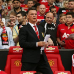 Moyes faces battle for Scholes replacement